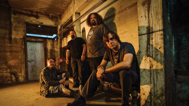 NAPALM DEATH - Fan-Filmed Video Of Entire Paris Show On Deathcrusher 2015 European Tour Posted